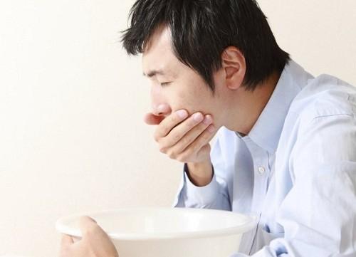 triệu chứng buồn nôn