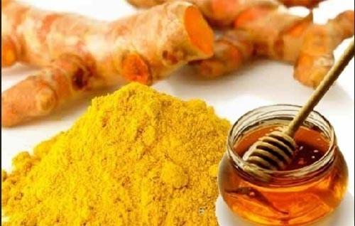 Nghệ kết hợp với mật ong có tác dụng tích cực với chứng đau dạ dày