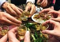Lam-the-nao-de-phong-tranh-bia-ruou