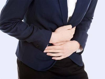đau bụng âm ỉ không dứt