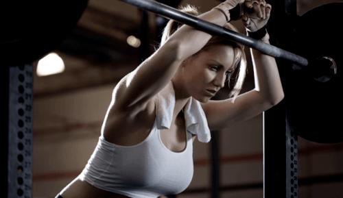 tập luyện quá sức gây sa dạ dày
