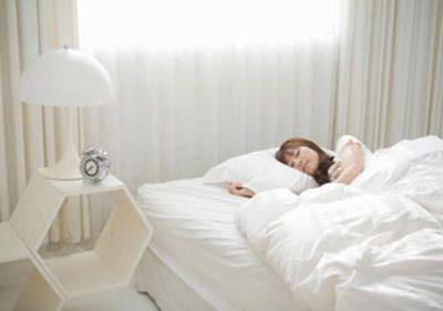 bệnh tim và tư thế nằm ngủ