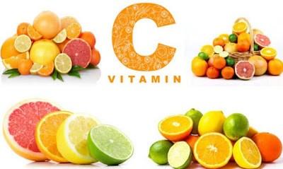 đau dạ dạy có nên dùng Vitamin C