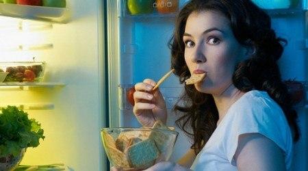 thói quen ăn đêm gây hại dạ dày