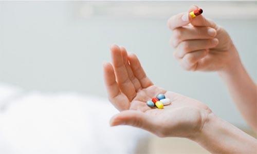 Sử dụng thuốc điều trị trào ngược dịch mật