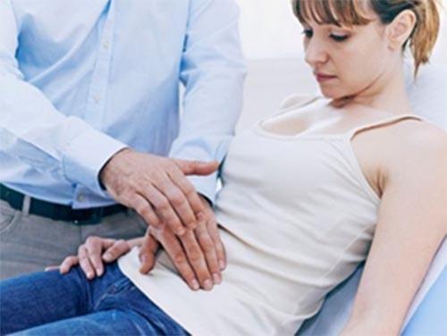 Triệu chứng của bệnh trào ngược dịch mật