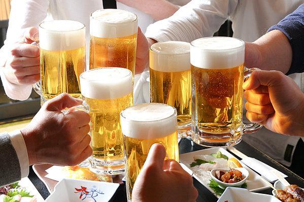 Không nên uống bia khi đau dạ dày