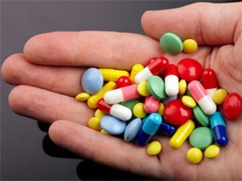 Sử dụng thuốc để điều trị bệnh viêm loét dạ dày