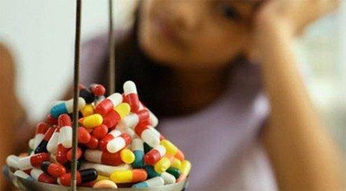 Có rất nhiều nhóm thuốc được sử dụng phổ biến trong điều trị bệnh đau dạ dày