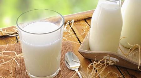 trào ngược dạ dày có nên uống sữa tươi không